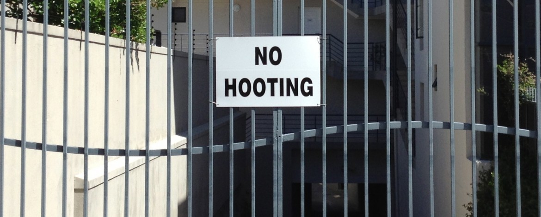 No Hooting